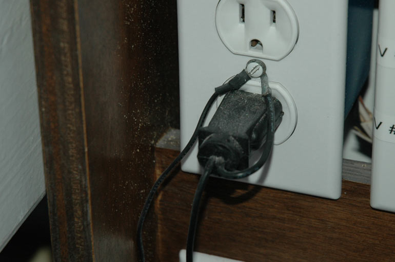 Reef Addicts - How to Test for Stray Electricity